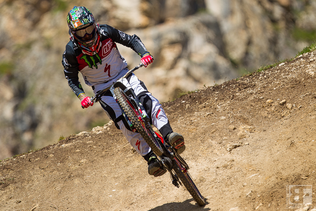 Sam Hill is smiling and getting sideways again. A crash in finals took him out of the running but everyone had better keep an eye open at Crankworx and Worlds. Old School Sam is back.