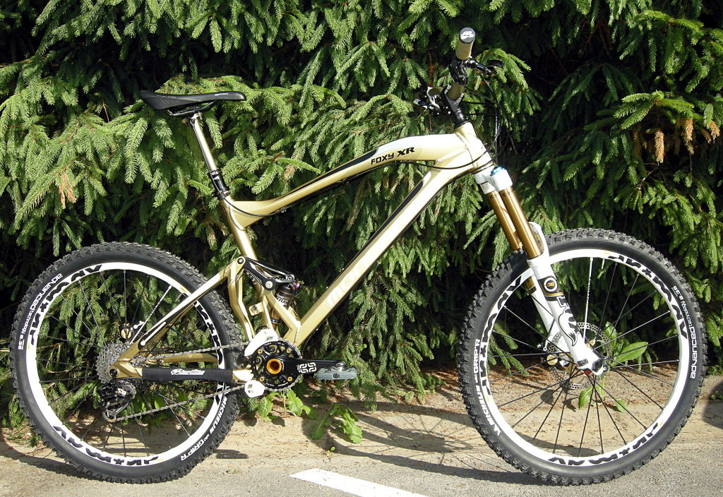 Mondraker Foxy FG side view