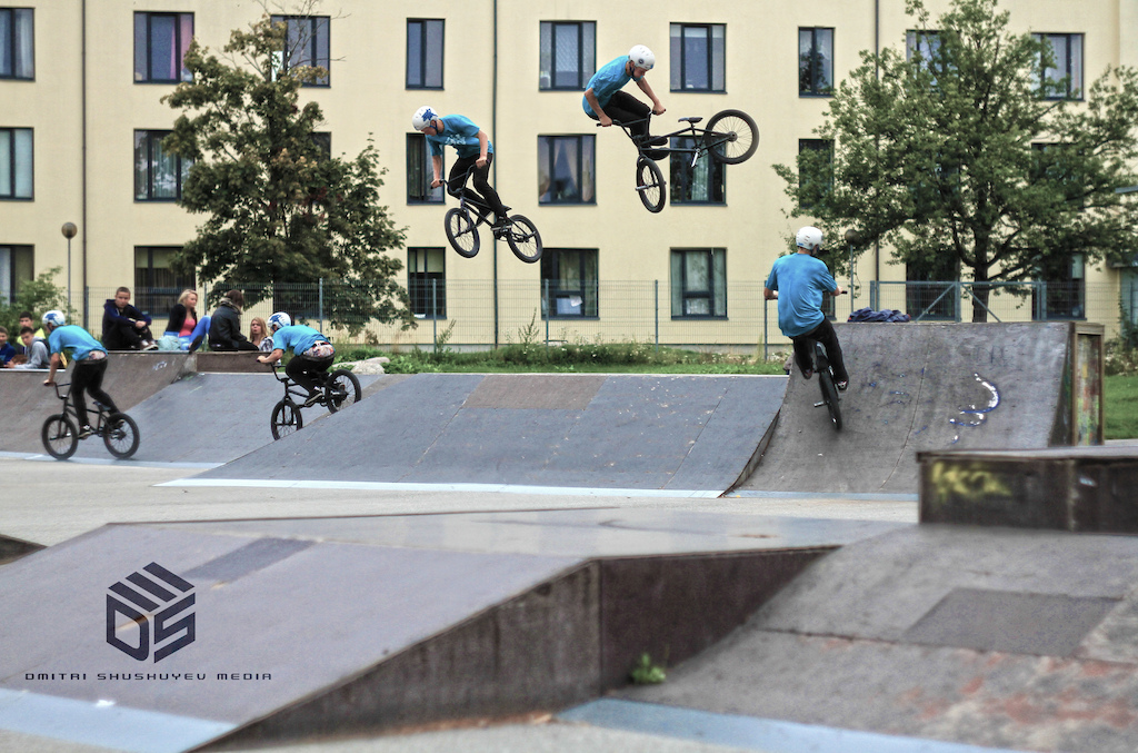 Eki threw down a pure banger!! 270 whip transfer from the quarter into the bank. THROWING HAMMERS!