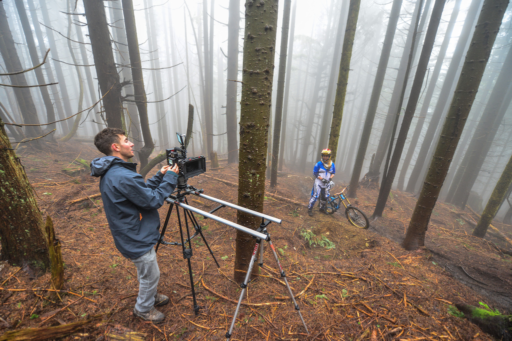 Foggy forest DH laps.