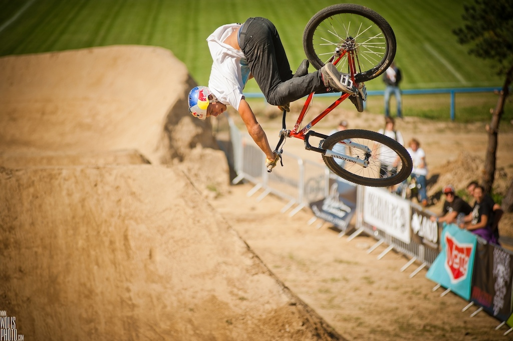 Our boys scored 1st Szaman and 2nd Kraja place at MTBMX 2012 Also best trick for Piotr Congrats