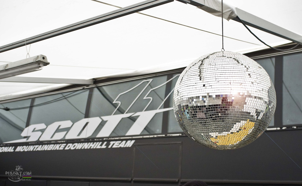 the scott11 pits getting ready for saturday nights piss-up with the disco glitter ball all ready to boogie