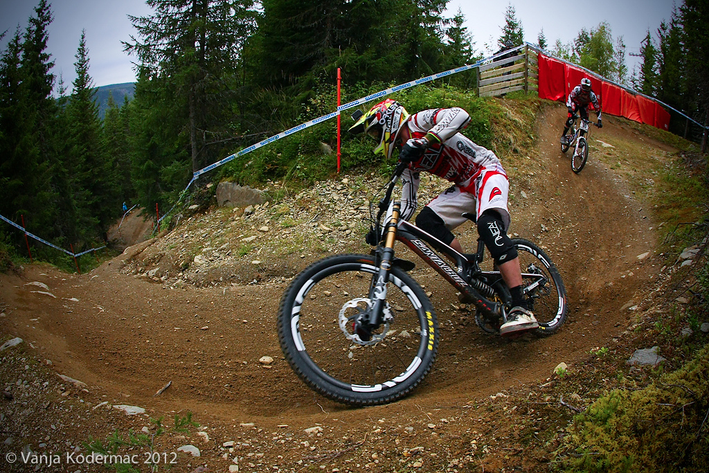 Greg Minnaar was also hiding the new stripes .