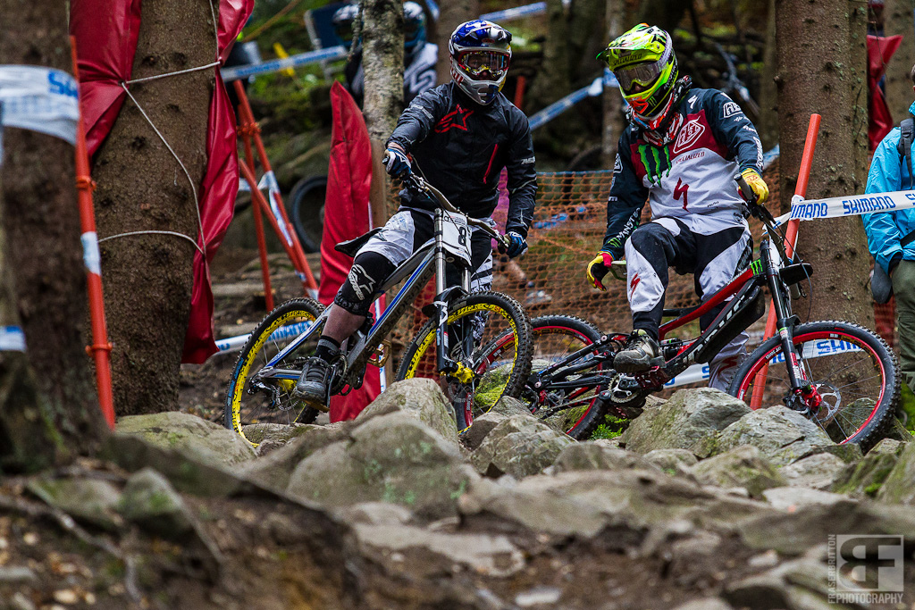 Sam Hill and Brook Macdonald discuss line options into the rocks. Riders were all over the place whether on purpose or not and it paid to hang out a bit and see what was working best.
