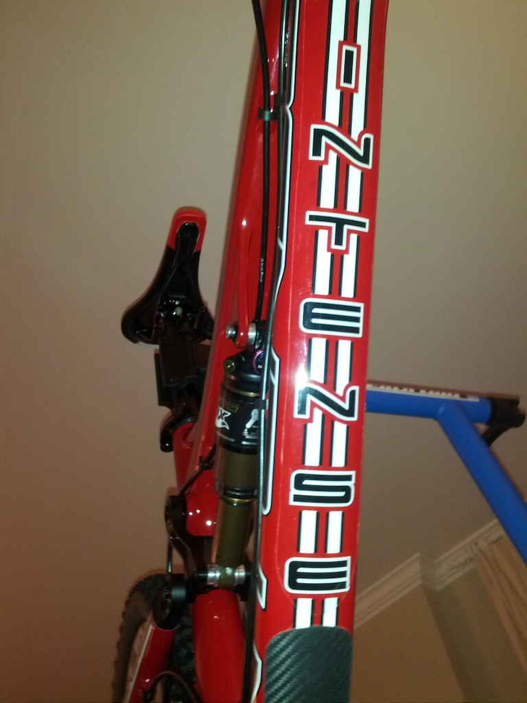 Custom Intense Carbine build w/SRAM X0 groupset, 2013 XT derailler and XT trail pedals. Ready to shred!!