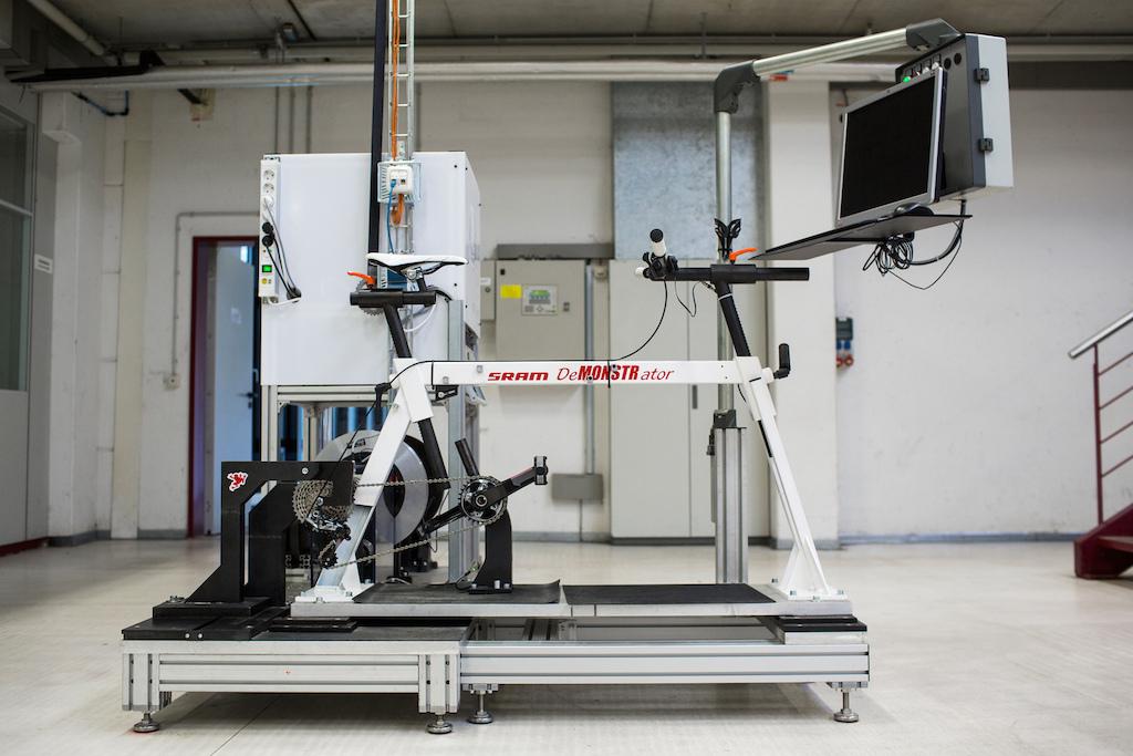 SRAM XX1 at their DTC facility in Schweinfurt Germany. Photo by Sebastian Schieck.
