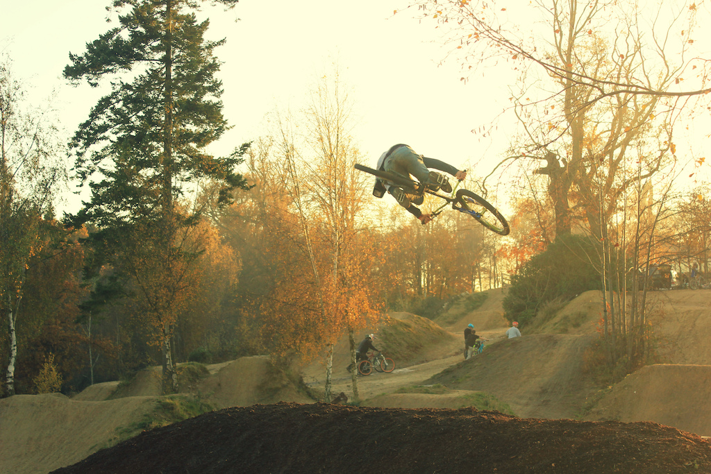 a shot i got yesteday of marcel at porc! awesome session!