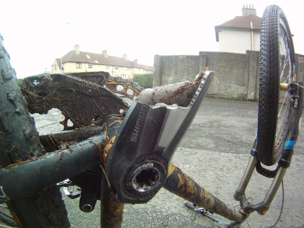 waaaaaaahhh snapped my 4 year old SLX on a climb today waaaah ....... by the way my wheel is not bent its just the gopro fisheye