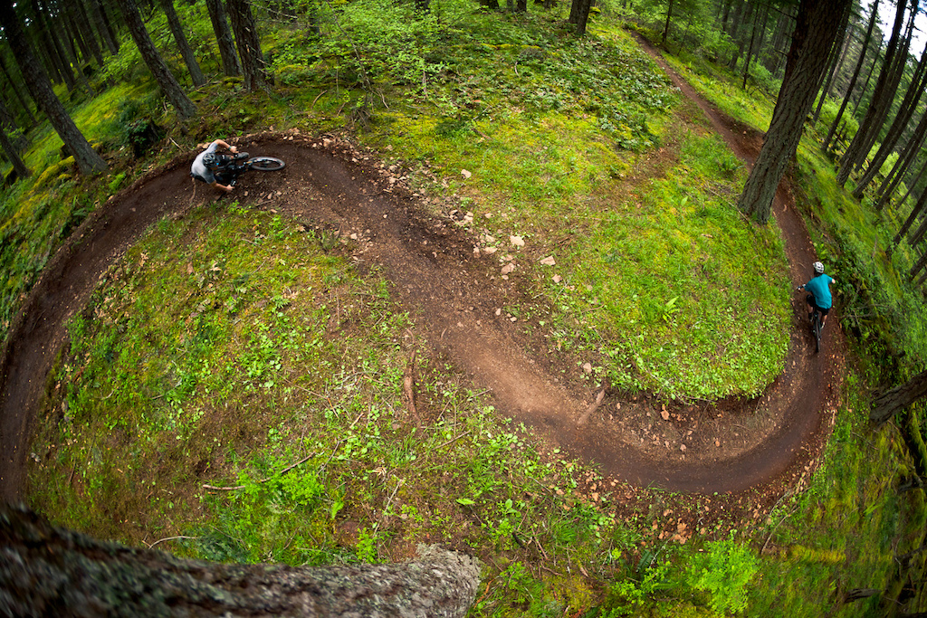 After years of seeing imagery of the lush green trails from the Pacific Northwest have overwhelming influence on the media and culture of mountain biking, we decided it was time to go experience the rich dark loam of the coastal regions for ourselves. So in the spring, we dusted off our trail bikes, packed up the rig and headed north to see what we could find.