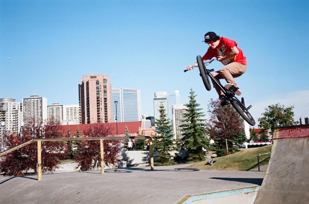 Box jump at the park