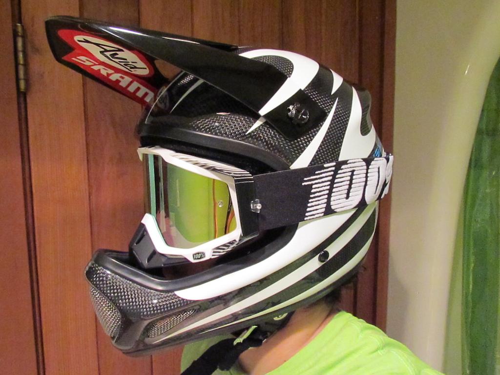 helmet - Sixsixone evo carbon,  goggle - 100% racecraft w. gold mirror lens