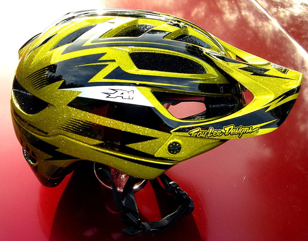 Troy Lee Designs A1 helmet - gold metalflake