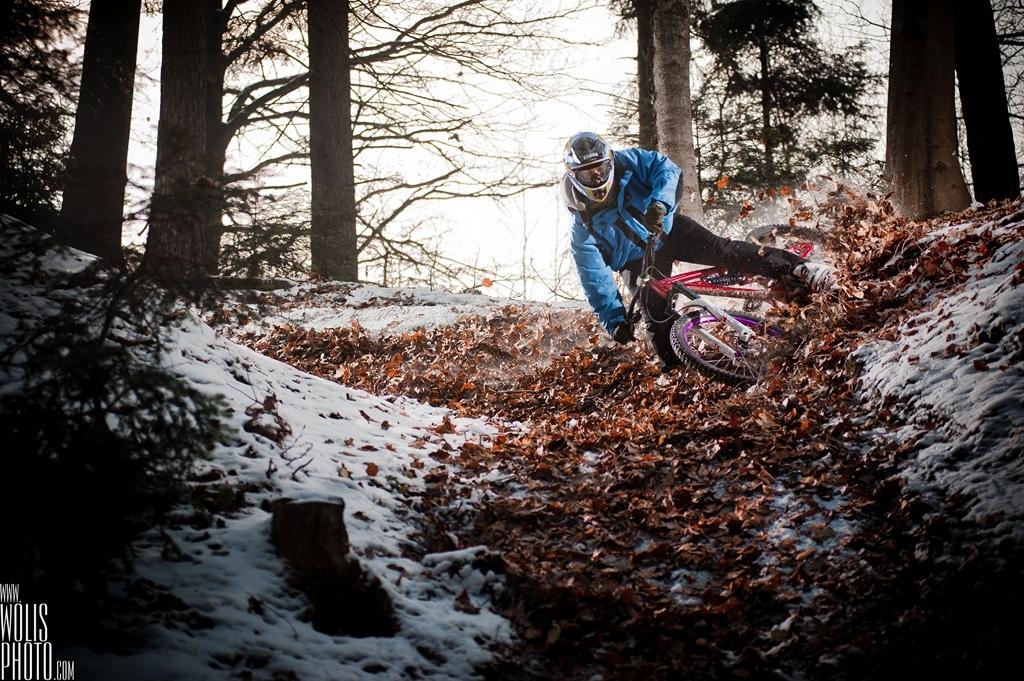 Michał Śliwa and Maciej Hojnor took Dartmoor Wish and new FR proto for local shredding in Myślenice, Poland. www.wolisphoto.com menaged to combine Winter & Autumn feel in those beauties