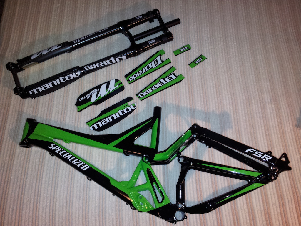 Specialized demo 9 2006 manitou dorado pro 2013 with custom green decals
