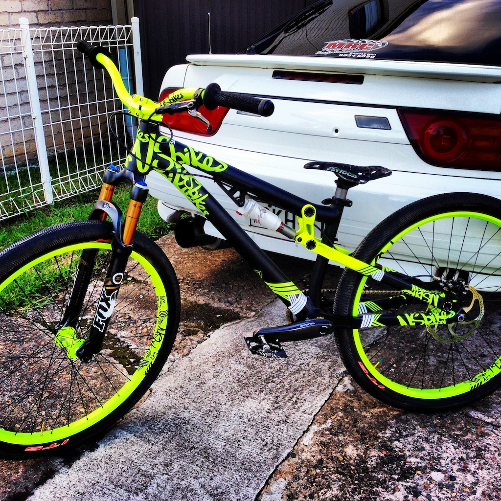 Paully Dep At 2013 Ns Bikes Soda Slope Street Build In Sydney