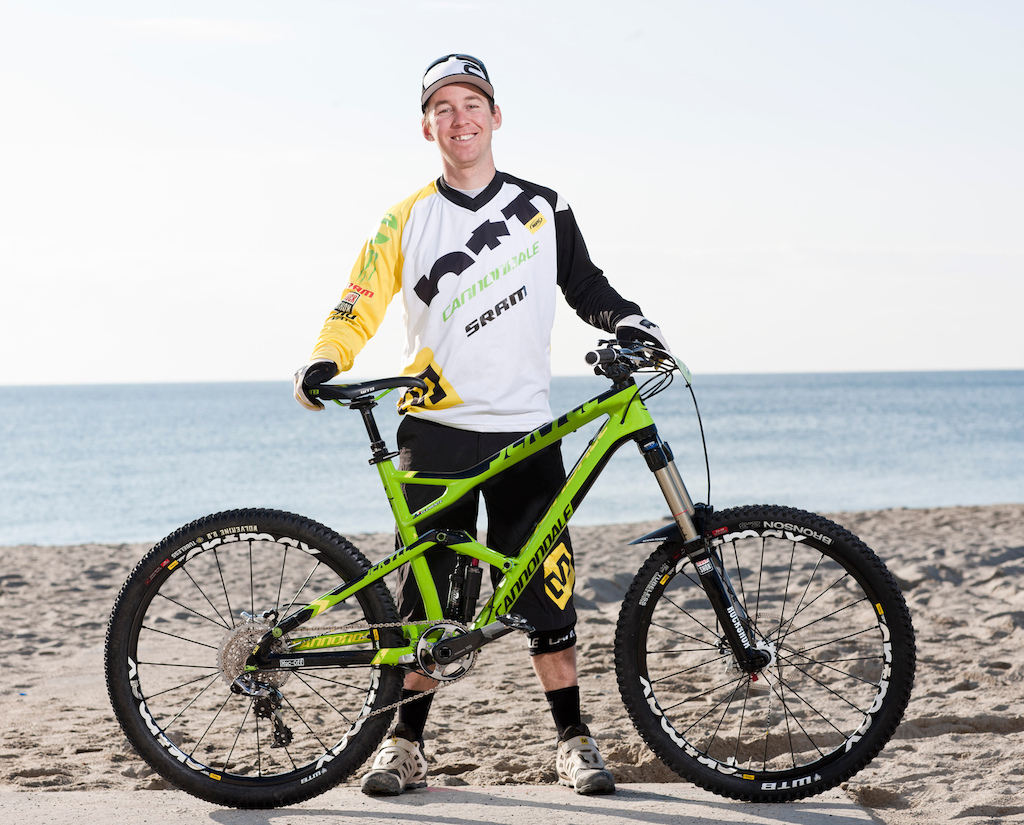 Jey with his 2013 race bike. Photo courtesy of Ale di Lullo Cannondale