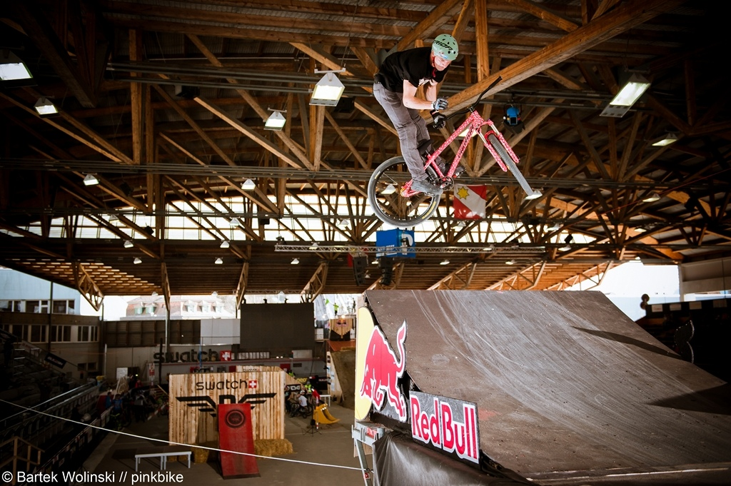 Pavel did today his first 360barspin off drop