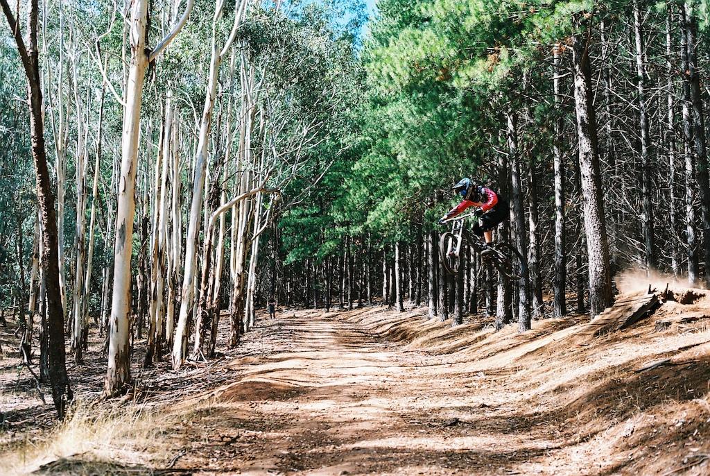 Braaaaaaaaaaaaap jumping roads
