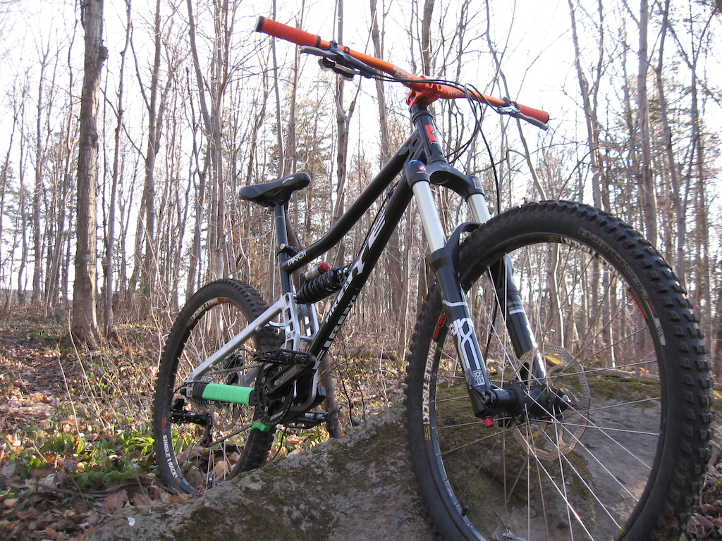 my bike is ready for the trails !