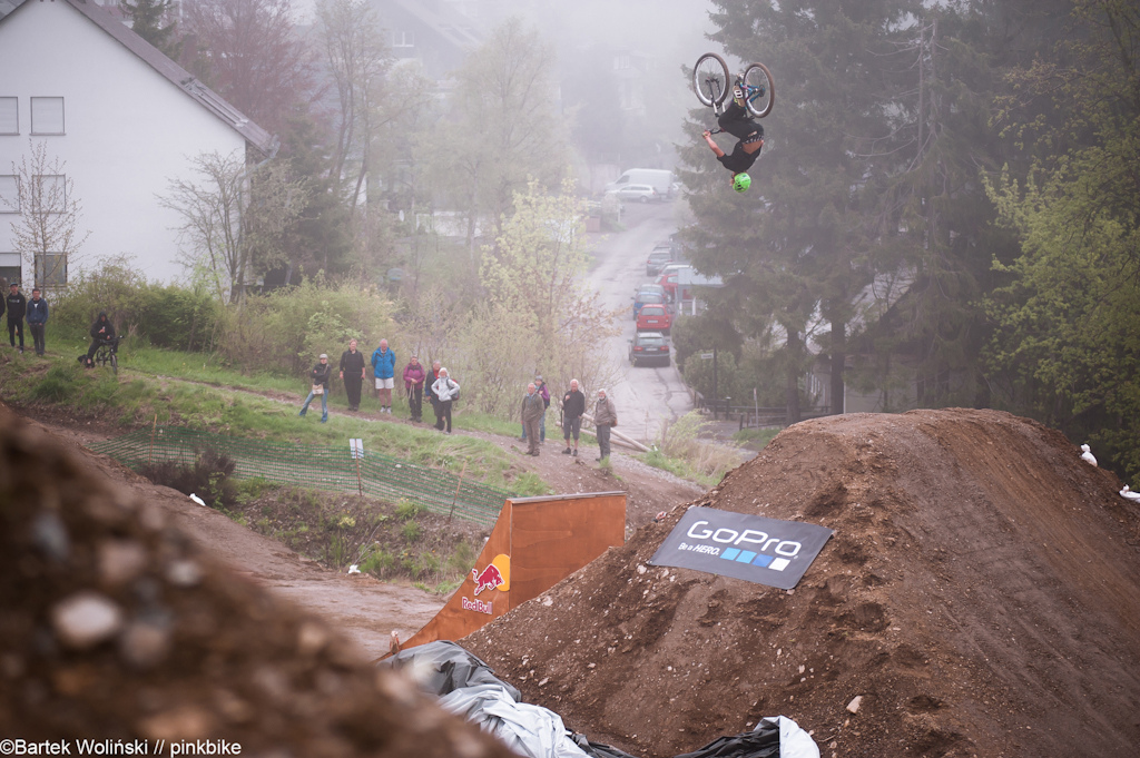 flippin one of the little jumps at Bergline course
