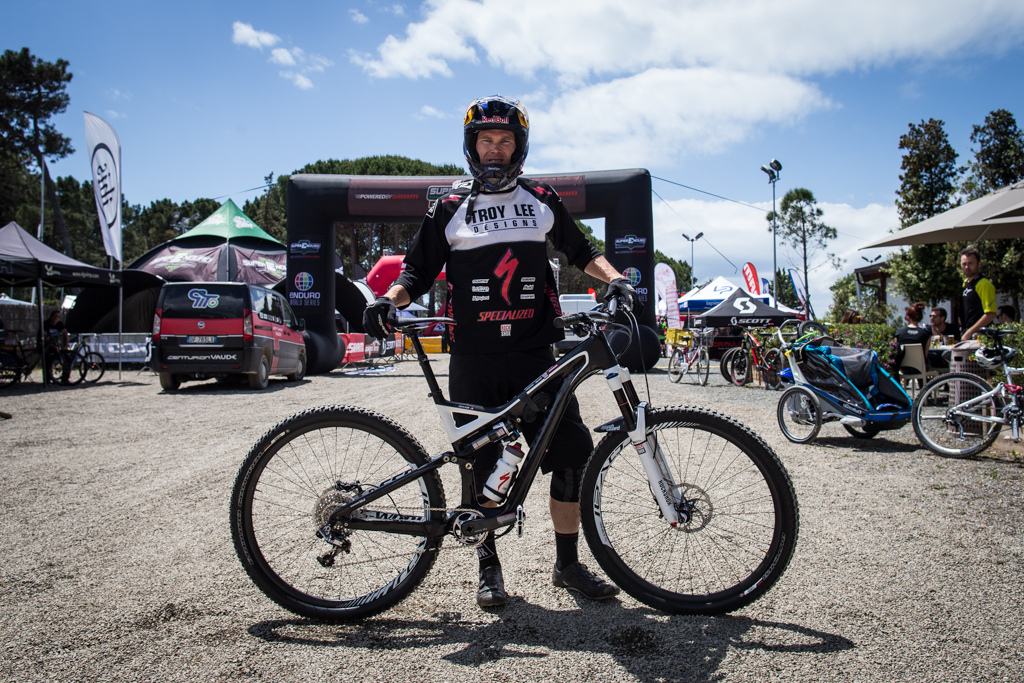 Curtis Keene and his Specialized Stumpjumper 29