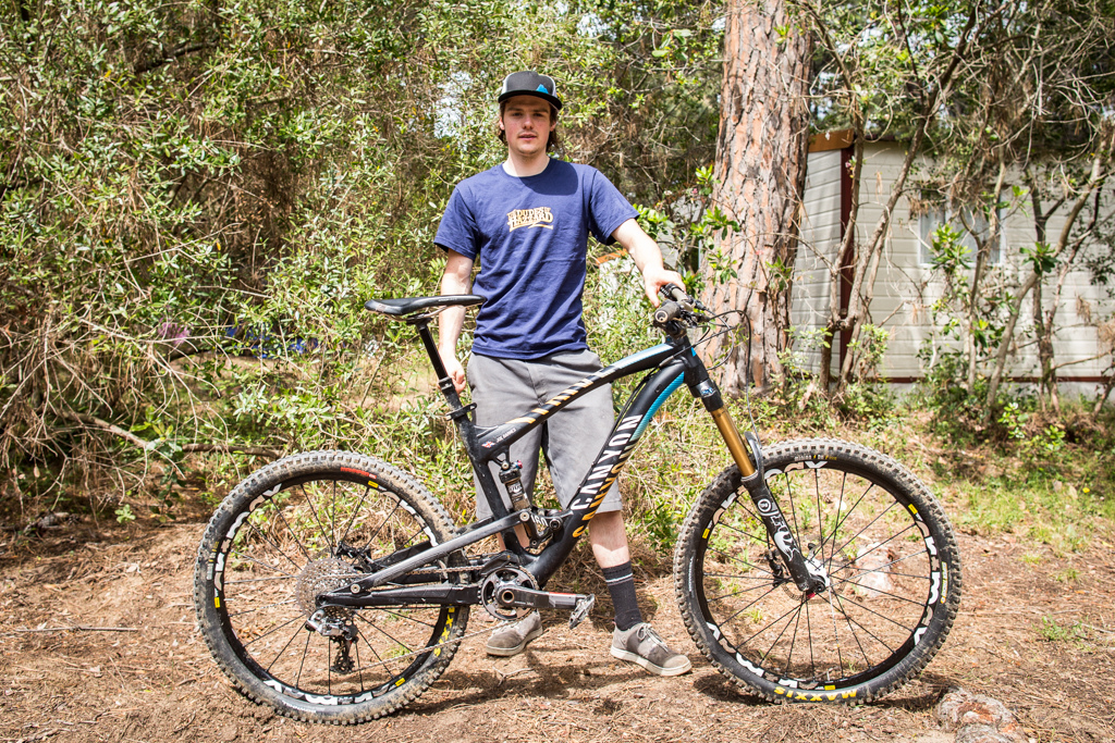 Joe Barnes and his Canyon Strive. His team are all running secret 27.5 prototypes but he is undecided whether he will race on his yet and it s strictly no photos