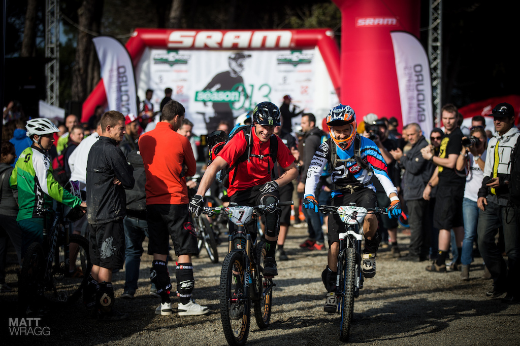 How s that for a sight Nico Vouilloz and Steve Peat heading out to race together. As the two of them spent most of their careers going head-to-head we d pay good money to know how that conversation went.