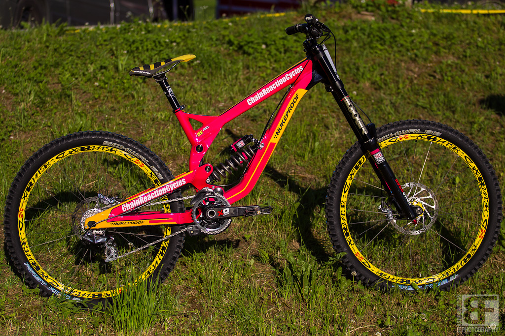 Sam HIll s pinkbike tradition continues on his new Nukeproo Chain Reaction Cycles team. Once again this year he is running pink gear and a pink Pulse to raise money for breast cancer research. Stay tuned for info on how you can win this one off bike.