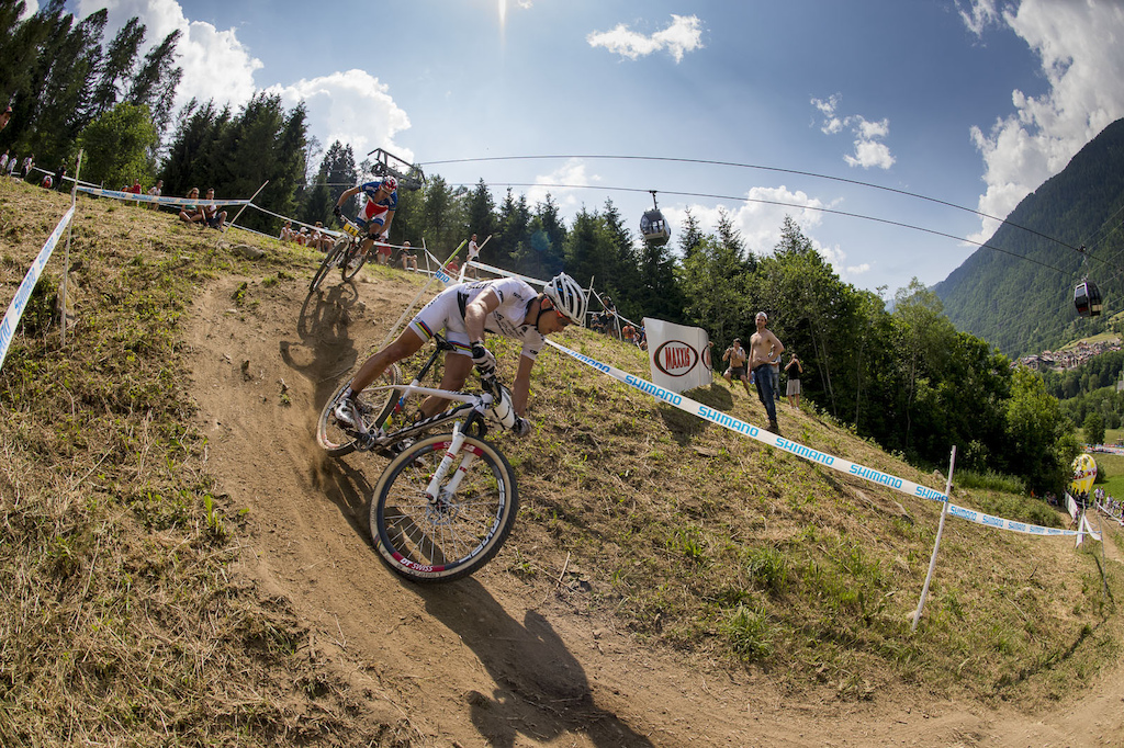 Absalon is never one to relent he dogged Schurter right up until the end finishing 3 seconds down to Schurter.