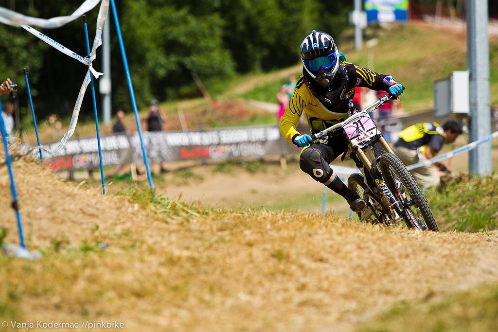 After finishing 3rd overall in the 2012 iXS European Downhill Cup Zarja stepped it up placing top 10 at the first two world cups. 10th in Fort William and 9th in Val di Sole.