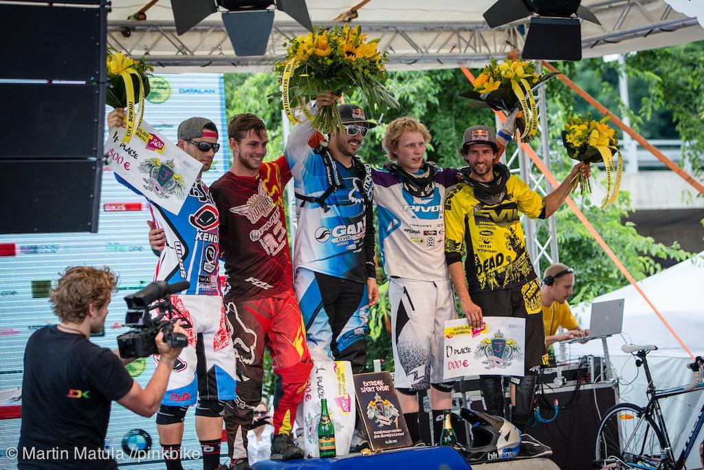 Ladies and gentlemen your champions. Left to right Tomas Slavik Matt Walker Marcelo Gutierrez Bernard Kerr and Filip Polc