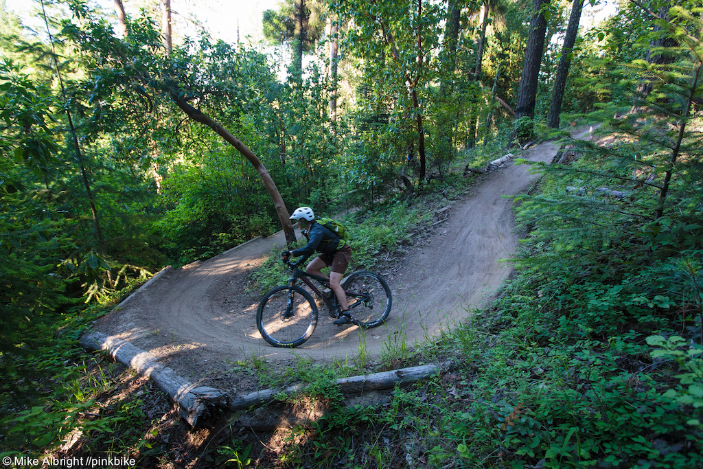 The catwalk trail section is a fast traversing trail with a lot of these 180 degree corners. Like many of Ashland s trails the key to speed is to be able to exit the corners with momentum and get back on the gas.