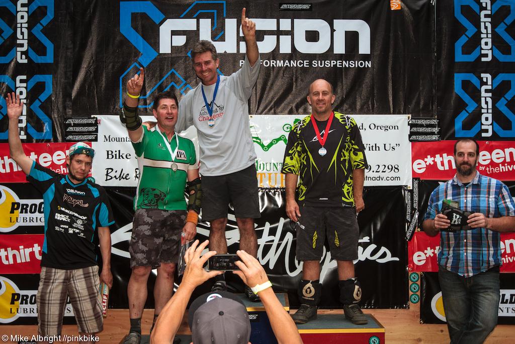 Cat 2 Men 40+ podium. 1- Craig Burnett 2- Bryan Hall 3-Brian White 4- Thom Weeks 5-Robert Christensen