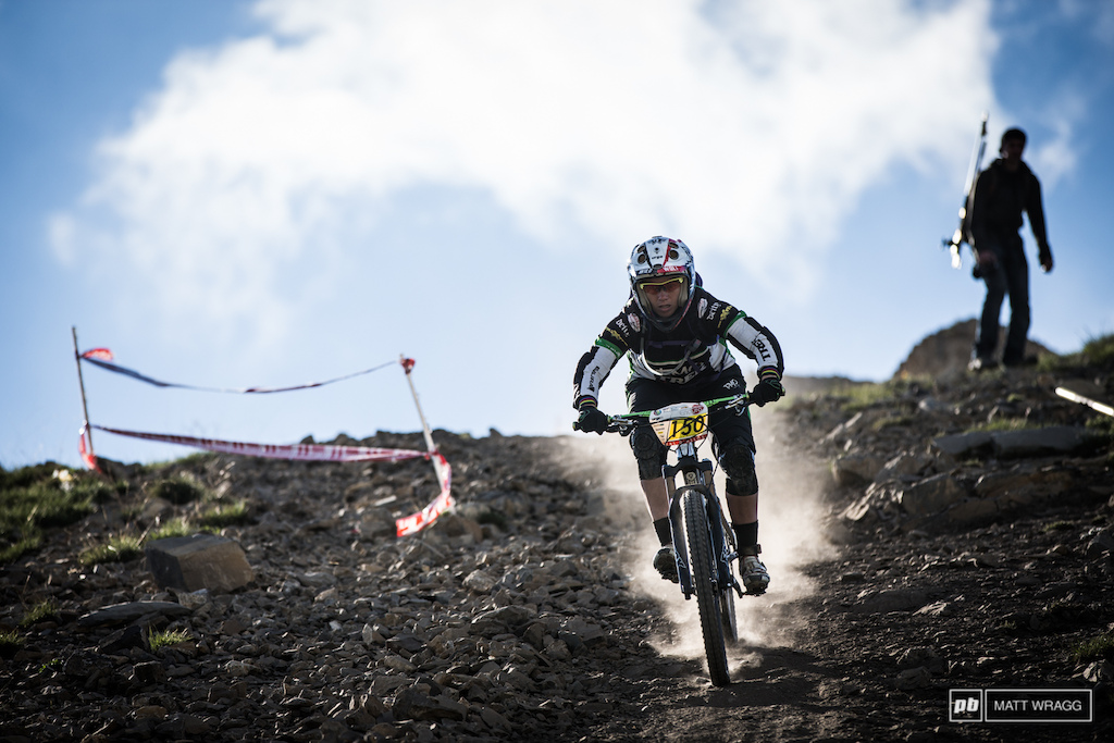 Tracy Moseley is used to these kind of high speeds from World Cup downhill and started today as she left off yesterday.