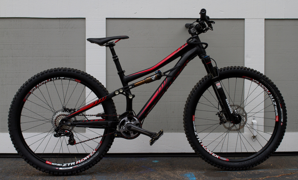 2014 Specialized Enduro SX Rockshox SID Stans ZTR Flow EX Hadley hubs XO trail brakes e13 LG1 pedals and chainguide XO shifters and derailer Chromag stem Diety carbon bars S-Works cranks Chris King BB custom cable routing.
