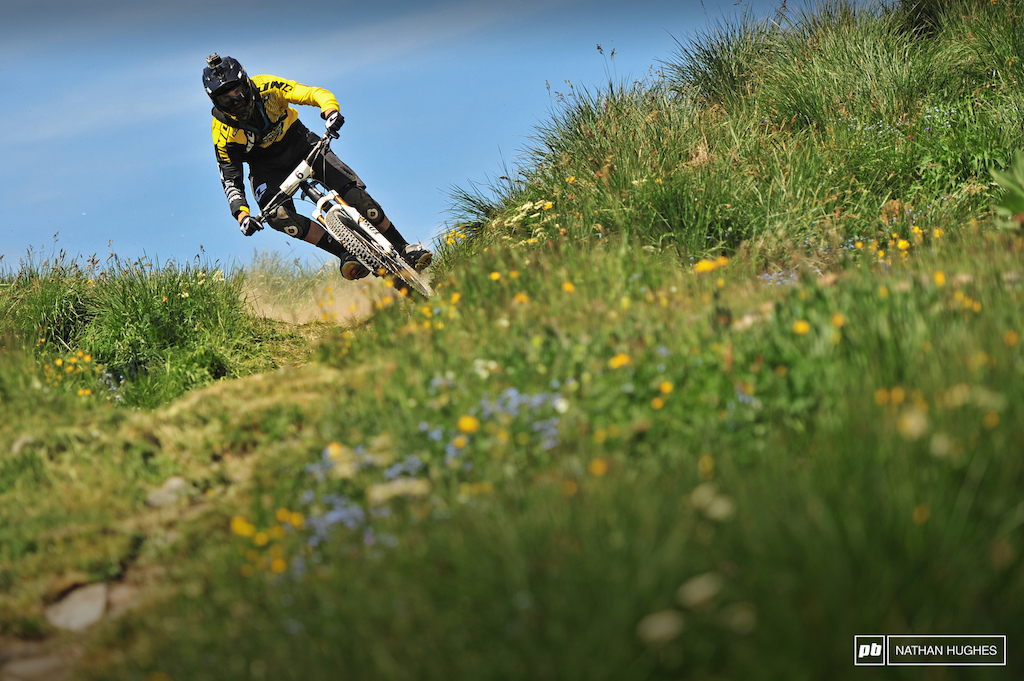 The way Dan Atherton attacks the stages you would assume the beautiful meadows of Deux Alpes make him very angry for some reason. A huge believer in the power of GoPro Dan reviews and relives his runs from the day until they ve thoroughly sunk in.