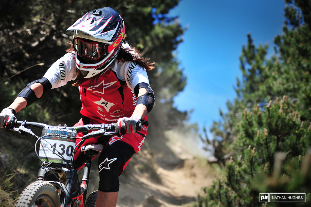 Anneka Beerten prepares for birthday bumps tomorrow by hammering down the ultra-dusty pine-lined chute on stage 3. Despite incredibly rough sections across the whole mountain Stage 2 is seems to be most riders technical nemesis.