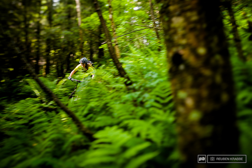 Sarah Leisham slithers down squidline smoothly in the sun