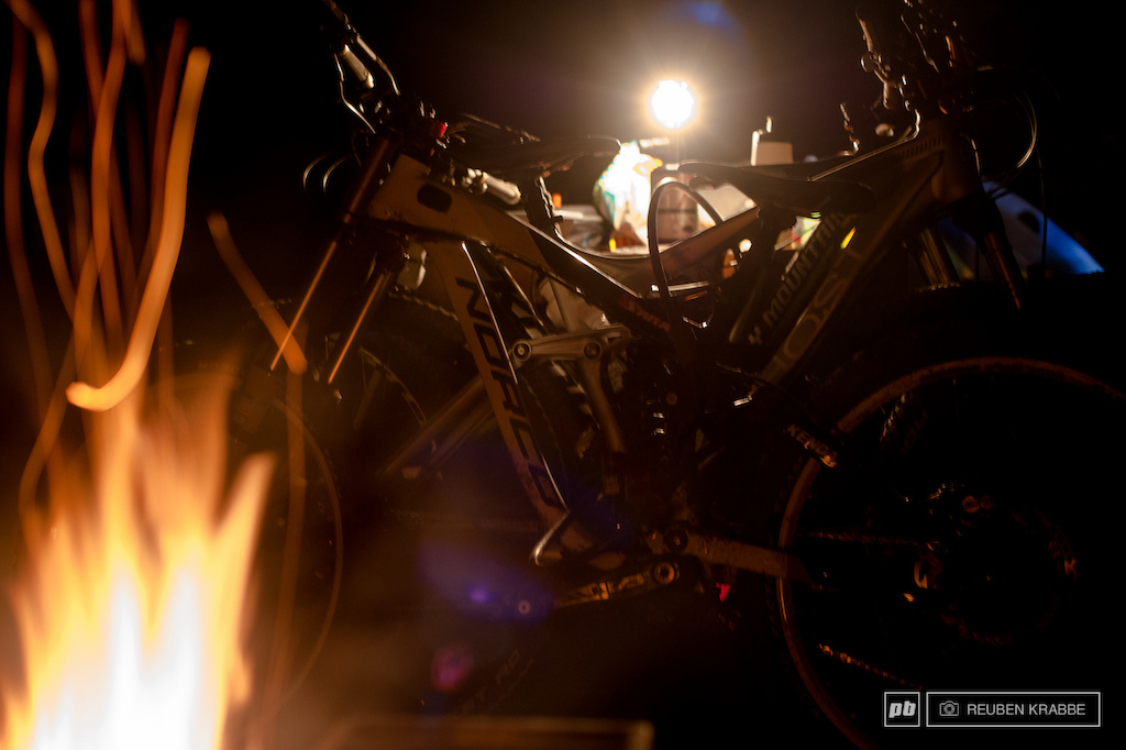 Bikes and Fire and Beer and... paridise