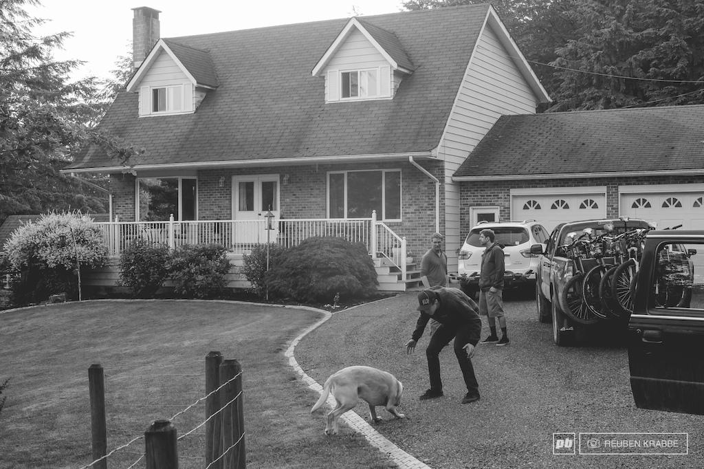 Idyllic Fraser Valley house scene check