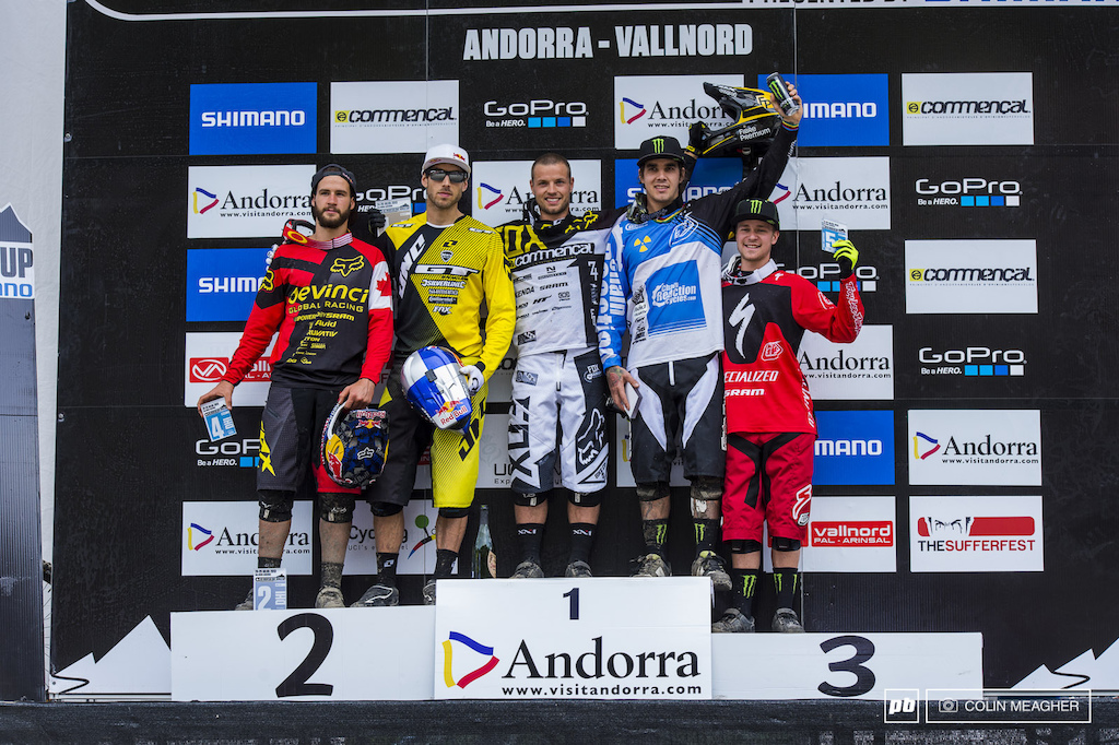 Mens s Podium Remi Thirion with the W Gee Atherton in second Sam Hill in third Steve Smith for fourth and Troy Brosnan with his second podium in 3 races taking fifth.