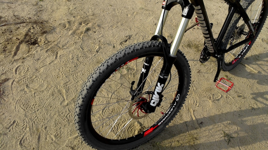 My Enduro bike setup in 2013.   Custom Dartmoor Hornet build