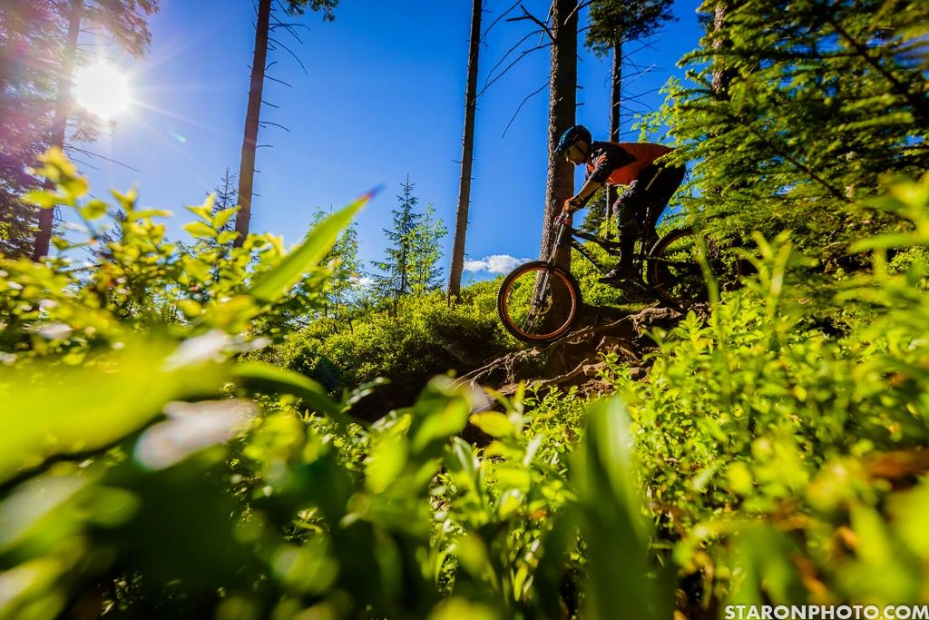 Arkadiusz Perin is our DH/Enduro rider who tests hard our components on his bikes! He knows best what to choose when it comes to wheels - Revolt rims and hubs are the ones he loves! Photo by www.staronphoto.com