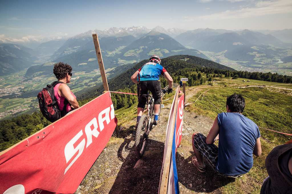 Specialized-SRAM Enduro Series images courtesy of Christoph Bayer