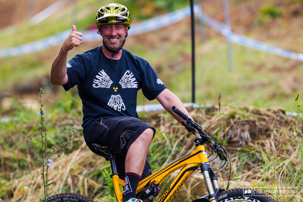 Nigel Page witht he theme of the day - thumbs up and smiles all around. Time to send it