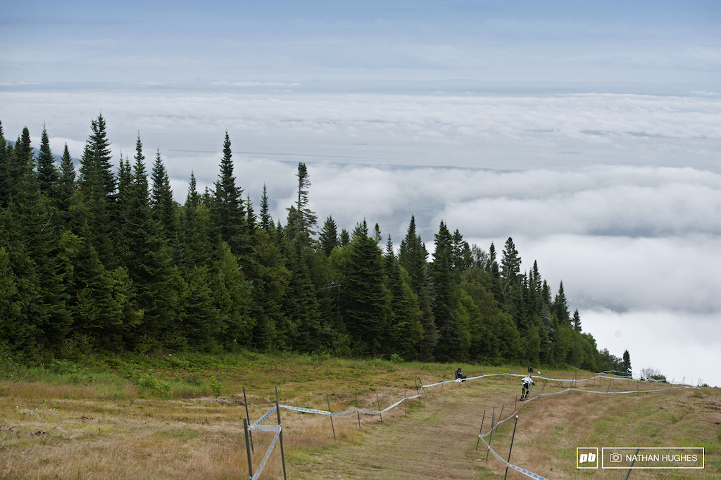 Patchy rolling cloud eventually settled into an inversion layer by the end of qualifying.