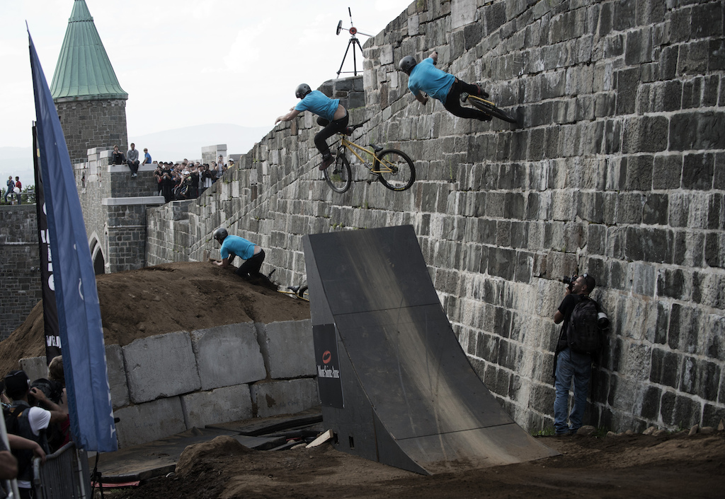 Wallride Crash