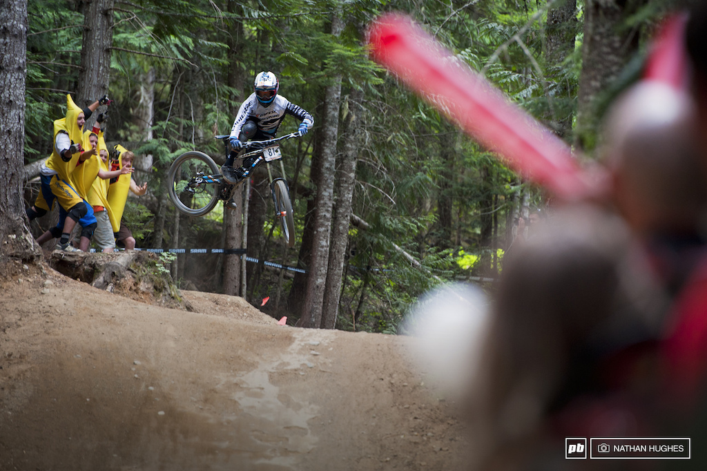 Mont St Anne junior DH champ Loris Vergier keeps the bananas at bay with a high speed chainstay.