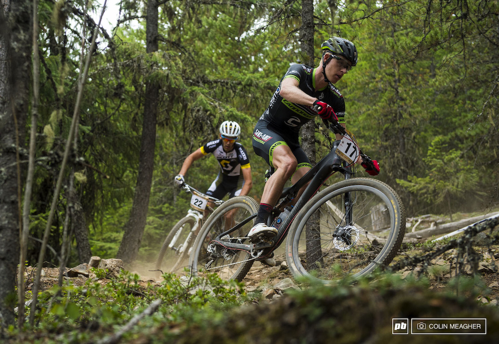 The elite men s race basically boiled down to a battle between Geoff Kabush and Max Plaxton.