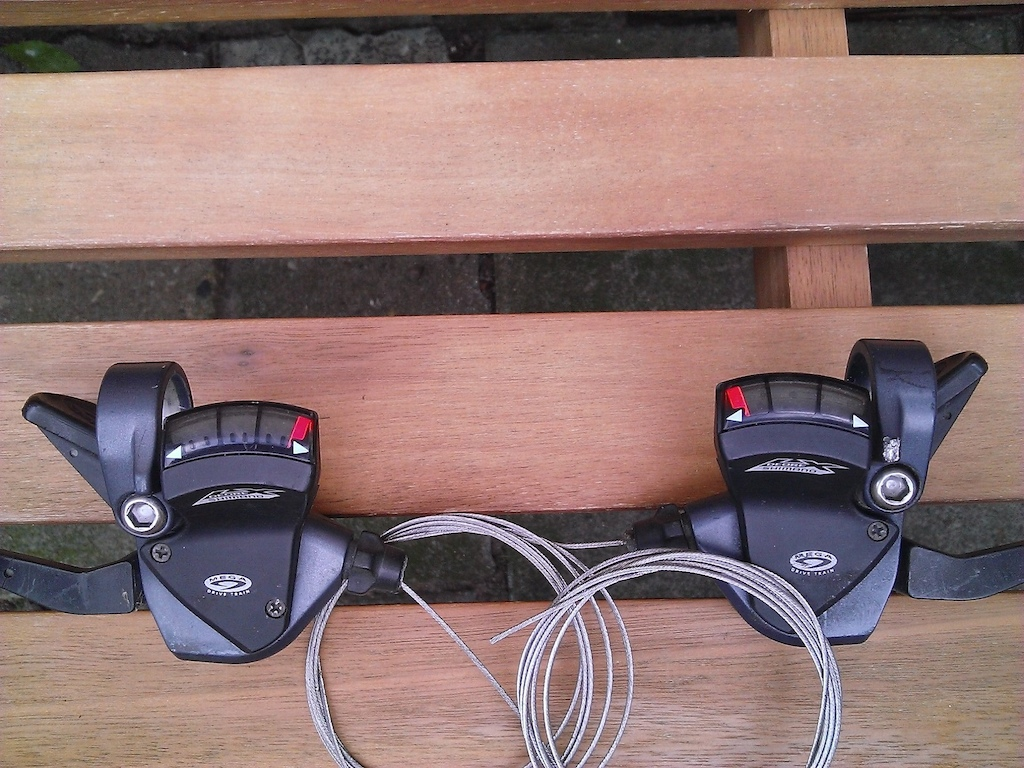Deore LX M570 3x9 speed shifters